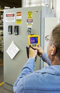 Kostenloser Service kann Wärmemanagement verbessern. (Bild: Schroff GmbH)