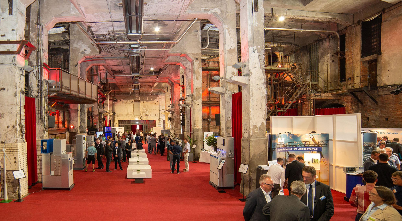 Die Ormazabal Techniktagung der Vertriebsregion Süd am 4. Juli 2019 im Kraftwerk Rottweil bot Möglichkeiten zum fachlichen Austausch über Themen der Energieverteilung. (Bild: Ormazabal GmbH)