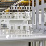 Hager Group stellt Verteilerschränke mit recycelten Materialien her