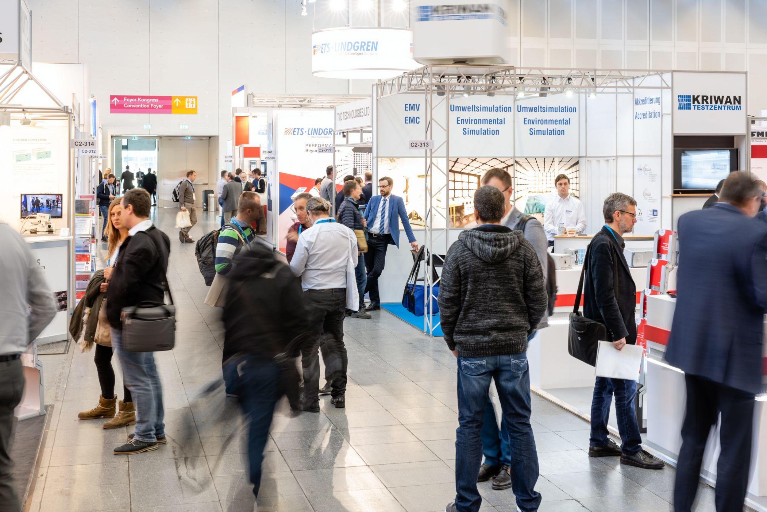 Über drei Tage stehen Produkte und Dienstleistungen im Bereich der elektromagnetischen Verträglichkeit auf der EMV in Köln im Fokus. (Bild: Mesago Messe Frankfurt GmbH)