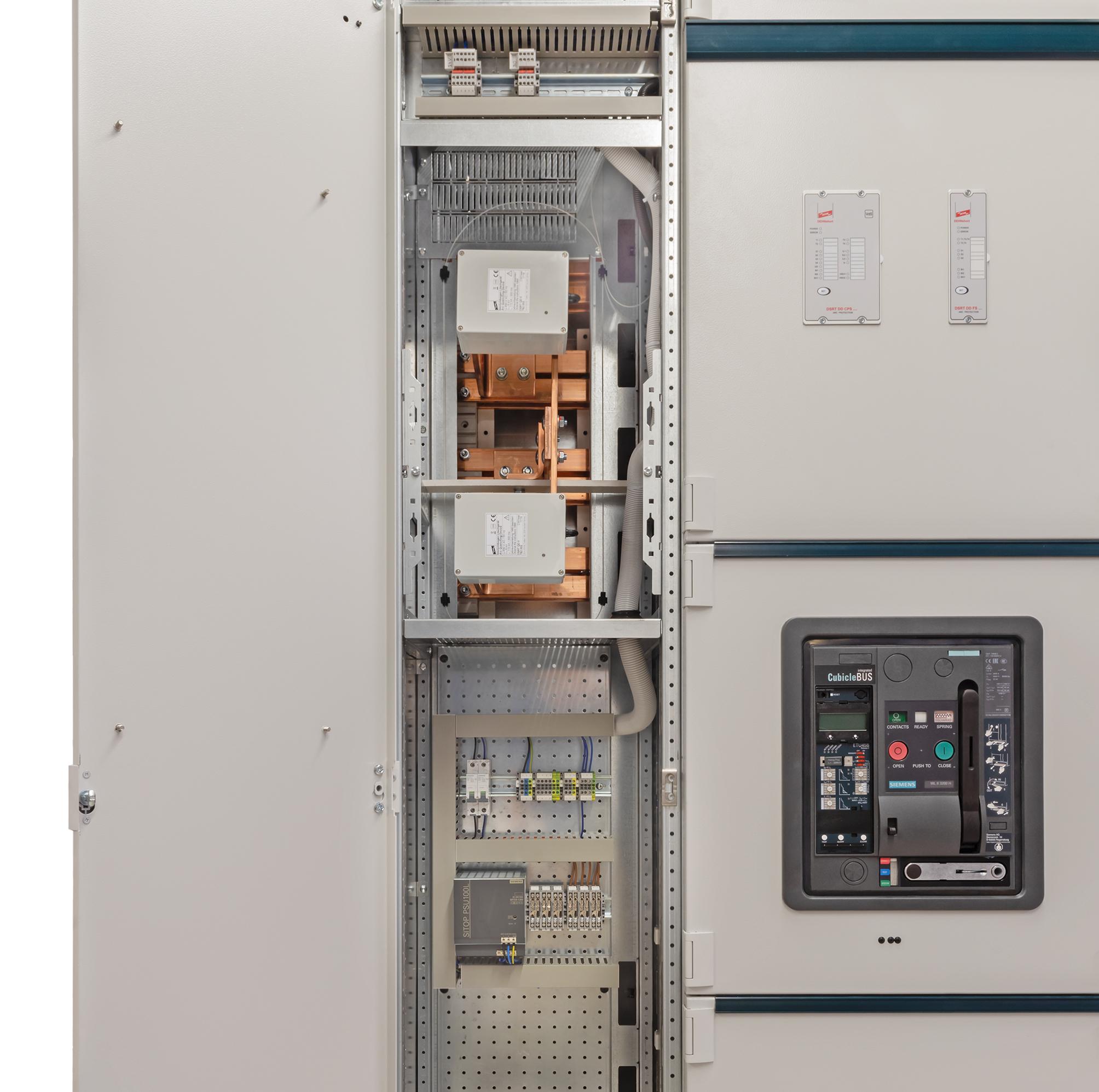 Maßgebend hinsichtlich Richtlinienkonformität innerhalb der EU für Schaltanlagen nach der DIN EN 61439-2 ist die Niederspannungsrichtlinie 2014/35/EU. (Bild: Siemens AG)