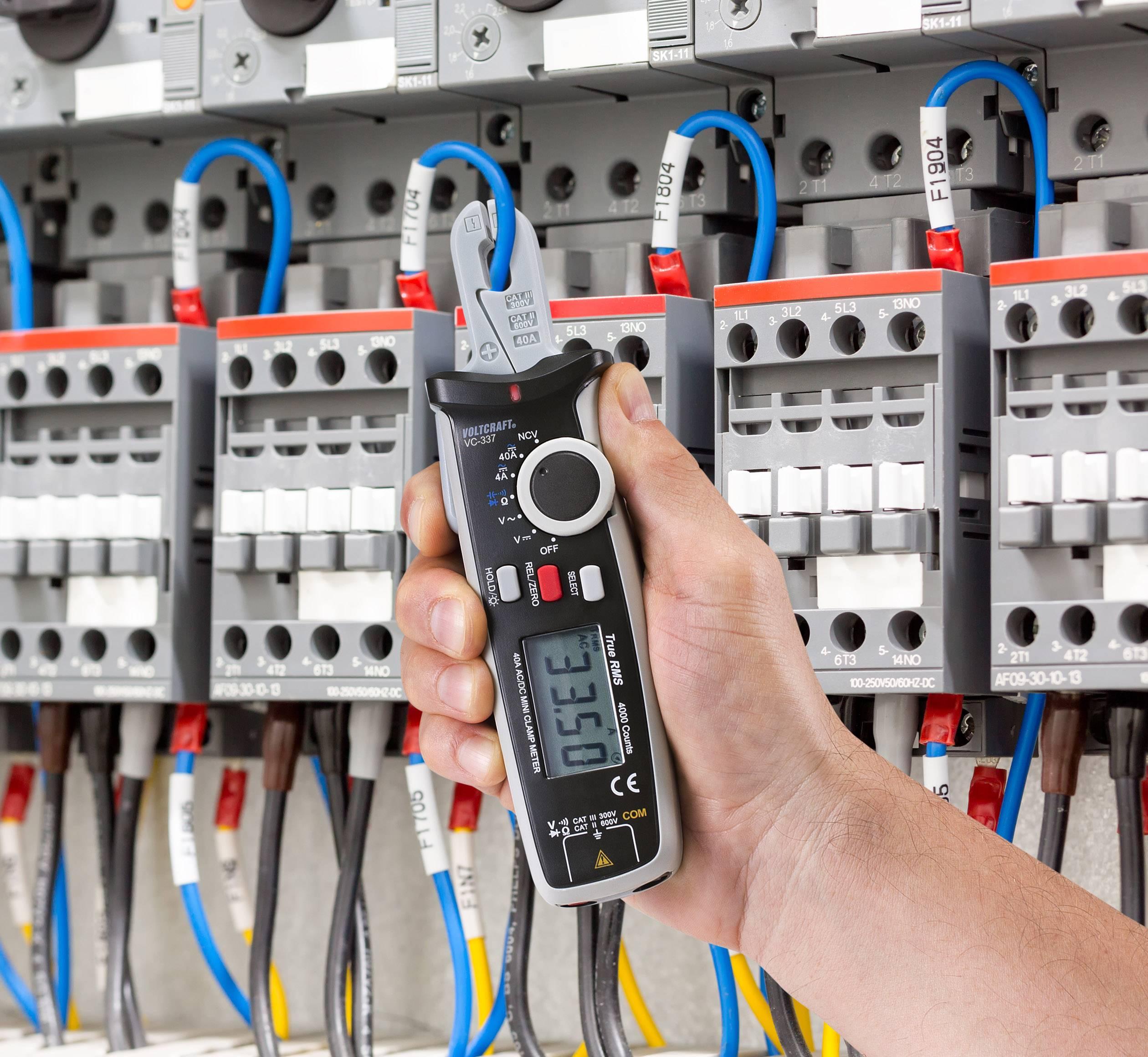 Stromzange und passende Messgeräte