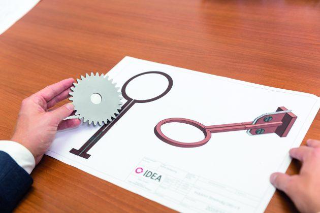 Die Firma Idea entwickelt effiziente Produkte und Lösungen für induktive Erwärmungsaufgaben wie das Härten, Löten und Schrumpfen. (Bild: Idea GmbH)