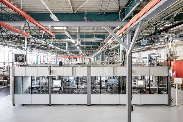 I Rund 4.500 Projekte bearbeitet der Schaeffler Sondermaschinenbau jedes Jahr - jedes einzelne ist komplex und mechatronisch, viele mit Robotik-Anteilen. (Bild: Schaeffler Sondermaschinenbau)