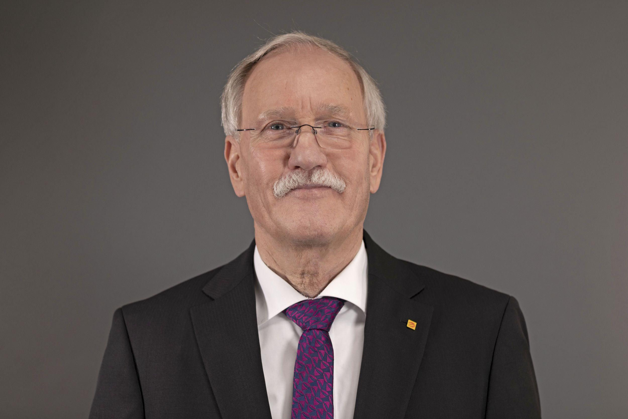 ZVEH-Präsident mit Vorschlägen zu Preiserhöhungen und Lieferengpässen