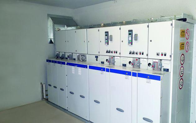 Bild 1   Die Netzanschlussstation am Firmenhauptsitz der Beton- und Energietechnik Heinrich Gräper in Alhorn wurde für die Integration einer Photovoltaik-Anlage umgebaut und mit einer Mittelspannungs-Schaltanlage von Ormazabal ausgestattet.