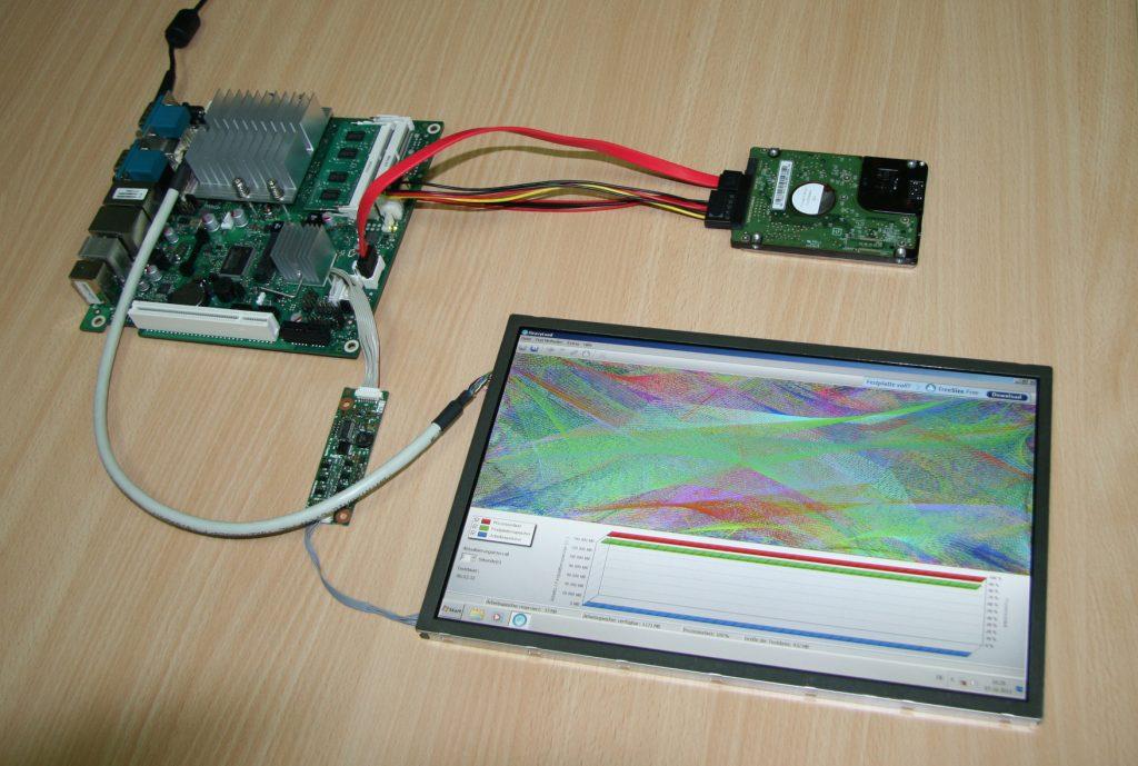 Board, Speicher und Display für Industrie 4 0 - IoT Design