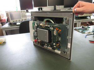Abb. rechts: Das gemeinsame Projekt basiert auf einem kompletten Re-Design, angefangen bei der Migration des Betriebssystems, über neue Treiber, bishin zum COM-Express-Modul. (Bild: Heidelberger Druckmaschinen AG)