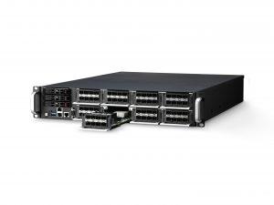 Netzwerk-Rack unterstützt flexible I/O-Zuteilung für Kommunikationsanwendungen