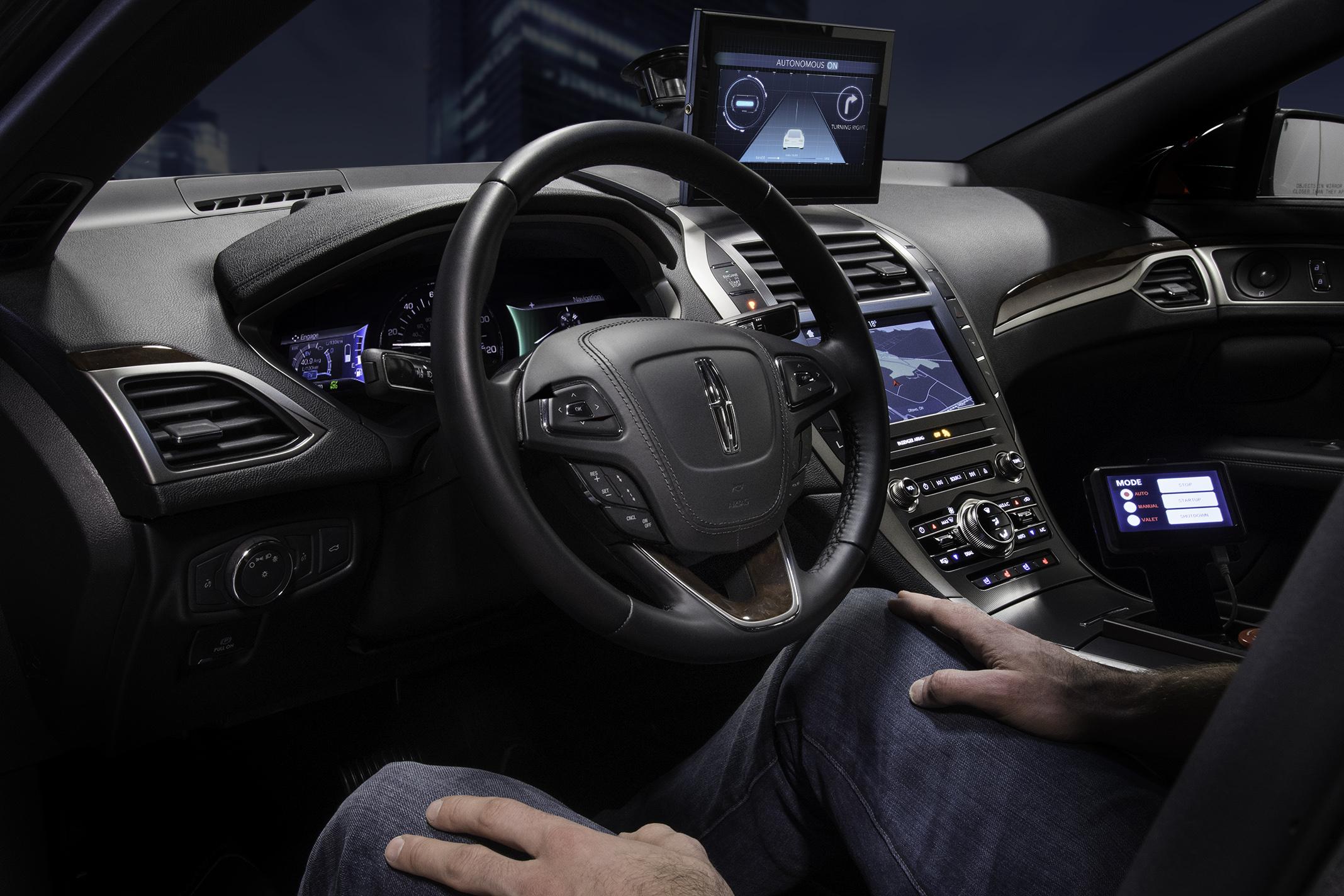 Embedded-Software-Plattform für autonomes Fahren und Connected Cars