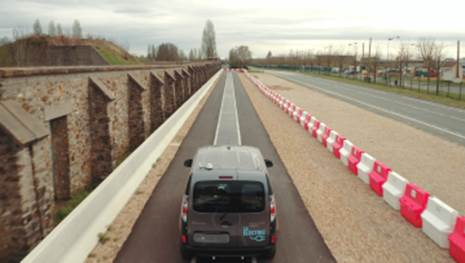 Elektroautos während der Fahrt laden?