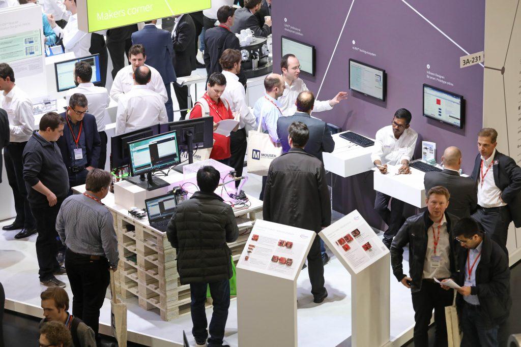 Letztes Jahr zeigte die embedded world in ihrer 15. Ausgabe mit über 30.000 Fachbesuchern und mehr als 1.000 Ausstellern aus 39 Ländern, dass sie ein wichtiger internationaler Treffpunkt für die Embedded-System-Technologie-Branche ist. (Bild: NürnbergMesse GmbH)