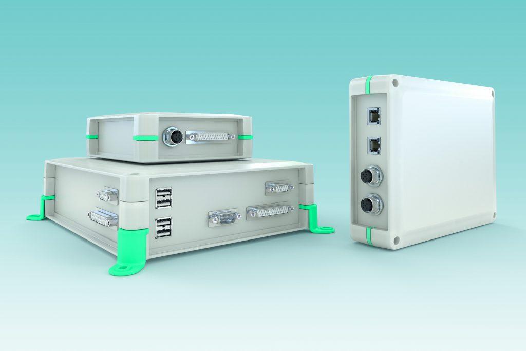 Vier Grundflächen, zwei Bauhöhen, individuelle Anschlusstechnik: das universelle Elektronikgehäuse bietet zahlreiche Anpassungsmöglichkeiten (Bild: Phoenix Contact Deutschland GmbH)