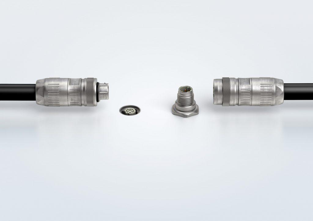 Duett 1 zeigt Push-Pull Steckverbinder für versenkte und stehende Buchsen im Vergleich. (Bild: Harting Technologiegruppe)