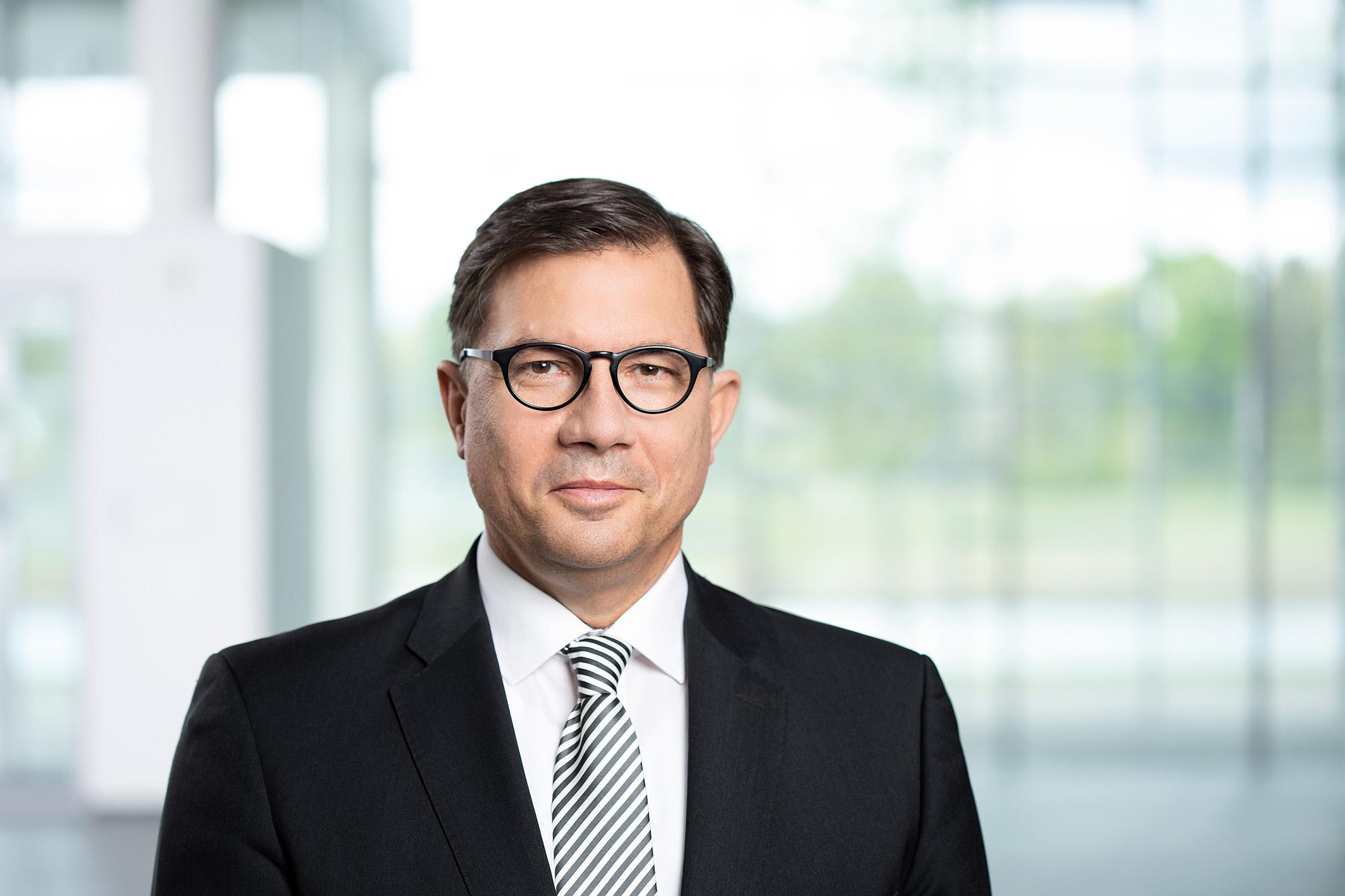 Hybridanleihen zur Refinanzierung der Cypress-Übernahme durch Infineon