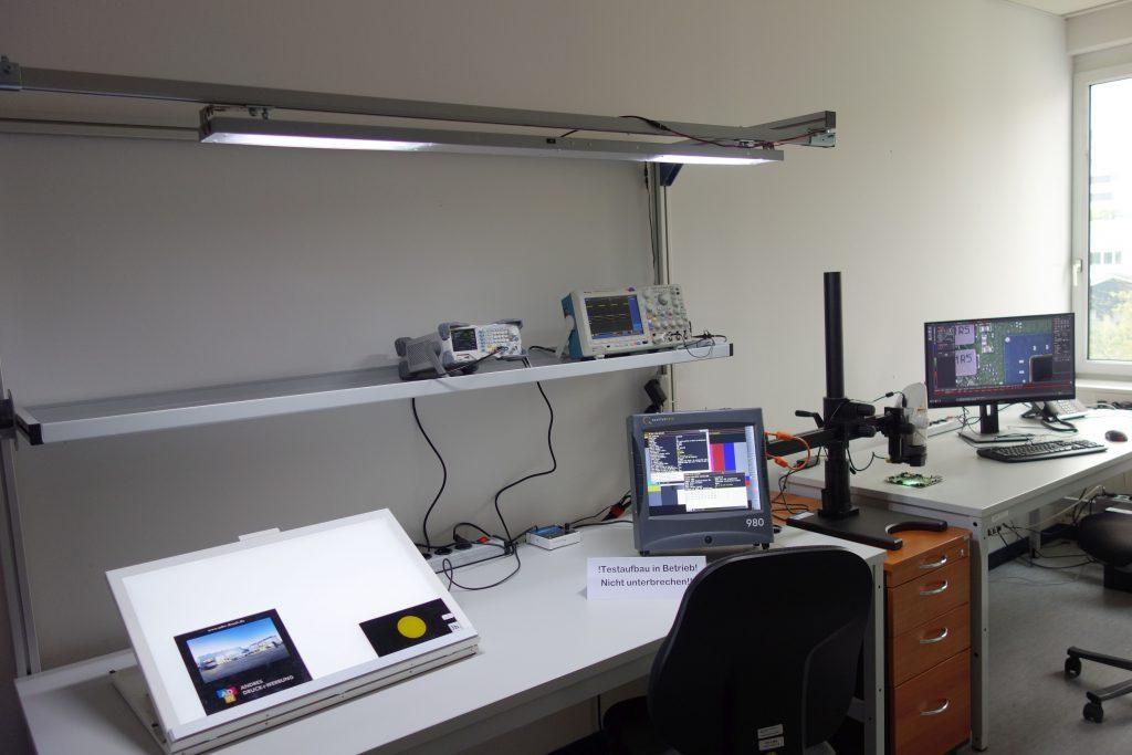 Das Mess- und Prüflabor wurde unter ESD-Schutzmaßnahmen eingerichtet. (Bild: HY-LINE Holding GmbH)