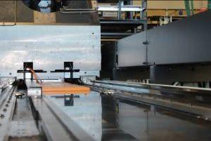 Im neuen Hoch-Gantry-Bearbeitungszentrum sind 13 Linearmotoren der Baureihe Simotics L-1FN3 verbaut - acht in X-, drei in Y- und zwei in Z-Richtung. (Bild: Siemens AG)