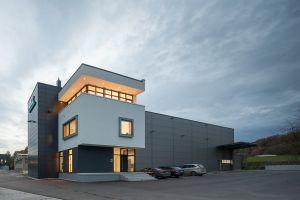 Das neue Firmengebäude von Holz Automation. (Bild: Holz Automation GmbH)