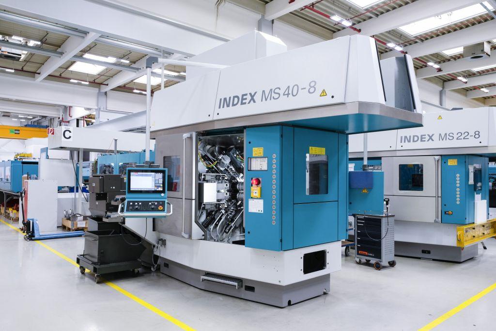 Herzstück des Index-Drehautomaten MS40C-8 sind die acht fluidgekühlten Motorspindeln in Synchrontechnik. (Bild: Kollmorgen Europe GmbH)