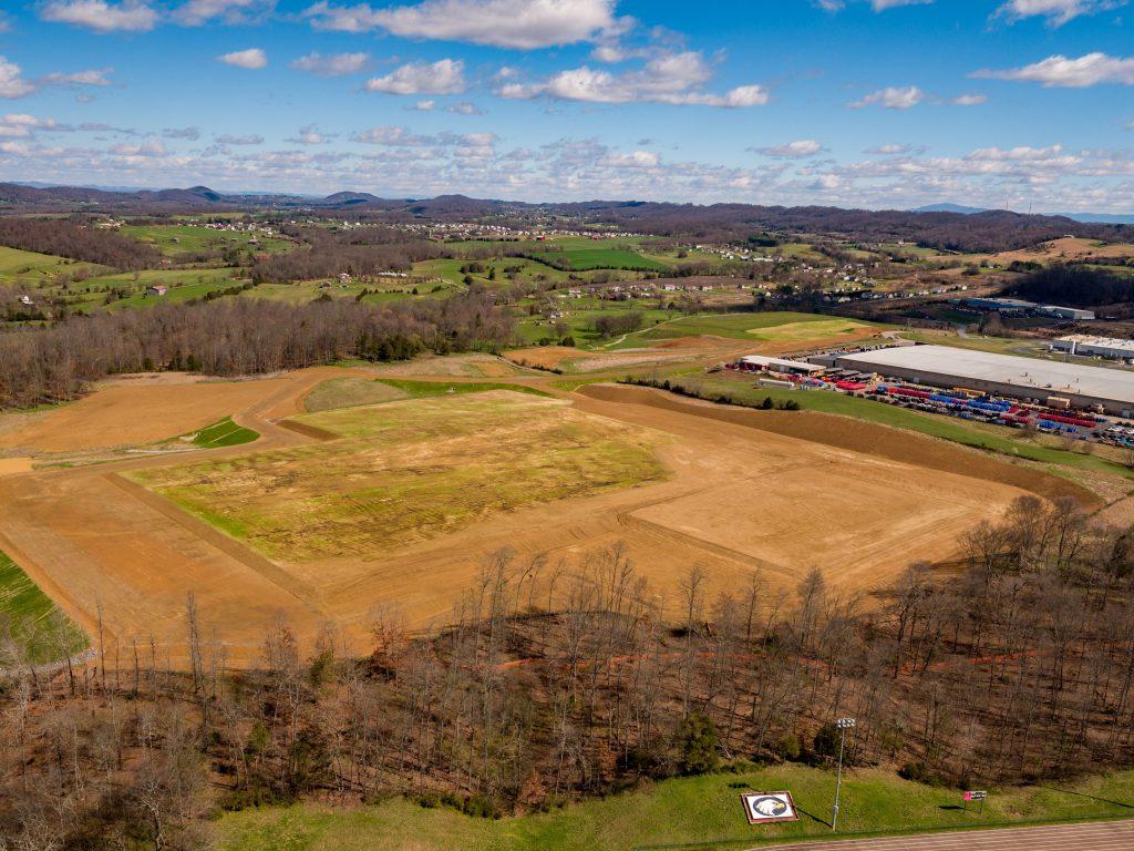 Im Industriepark nahe Johnson City, Tennessee, hat EBM-Papst 12ha Land erworben und plant 37 Mio.US$ (rund 33Mio.€) in den Ausbau eines neuen Werkes zu investieren. (Bild: EBM-Papst Mulfingen GmbH & Co. KG)