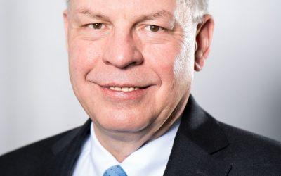 ABB gibt Geschäftszahlen und Änderungen in der Führungsebene bekannt