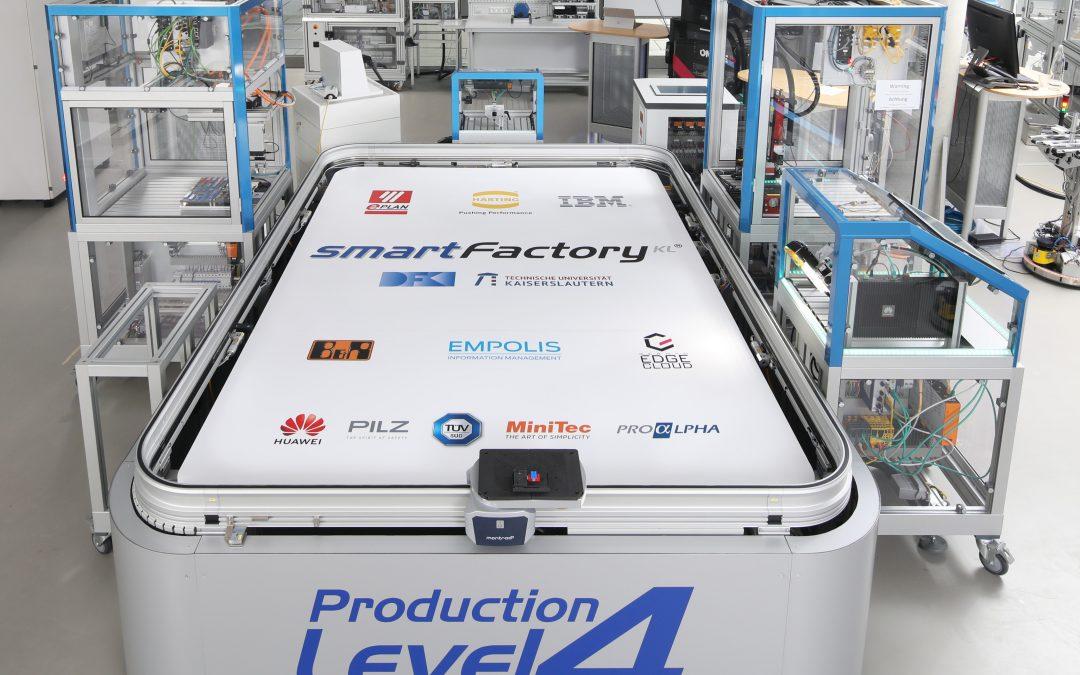 SmartFactory-KL stellt neuen Demonstrator vor