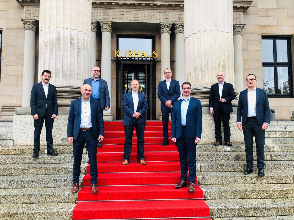 Der neu gewählte Vorstand des VDMA Software und Digitalisierung (v.l.n.r.): Michael Möller, Dr. Thomas Genßler, Franz Koller, Michael Finkler, Daniel Gal, Sebastian Betzin, Klaus Bauer, Wolfram Schäfer.