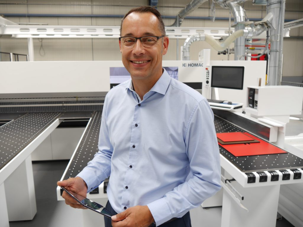 Arne Mömesheim, Product Manager Software bei der Homag Plattenaufteiltechnik GmbH, erklärt die Hintergründe der Neuentwicklung des intelliOptimizer Stackings.