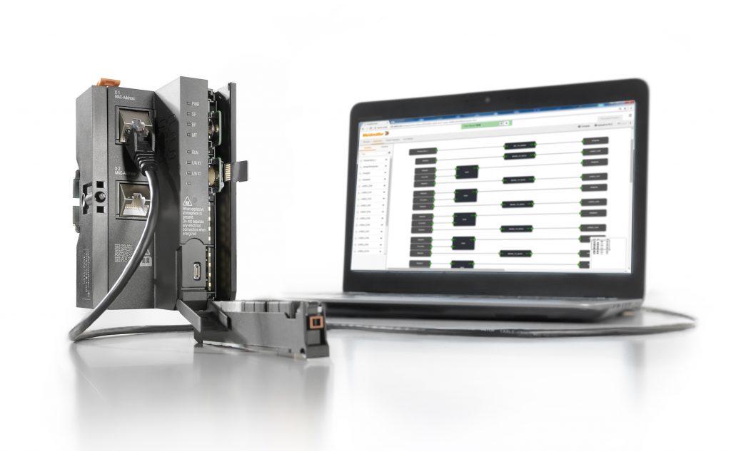 Die webbasierte Steuerung u-control web ist für kleine und mittlere Automatisierungsaufgaben konzipiert.