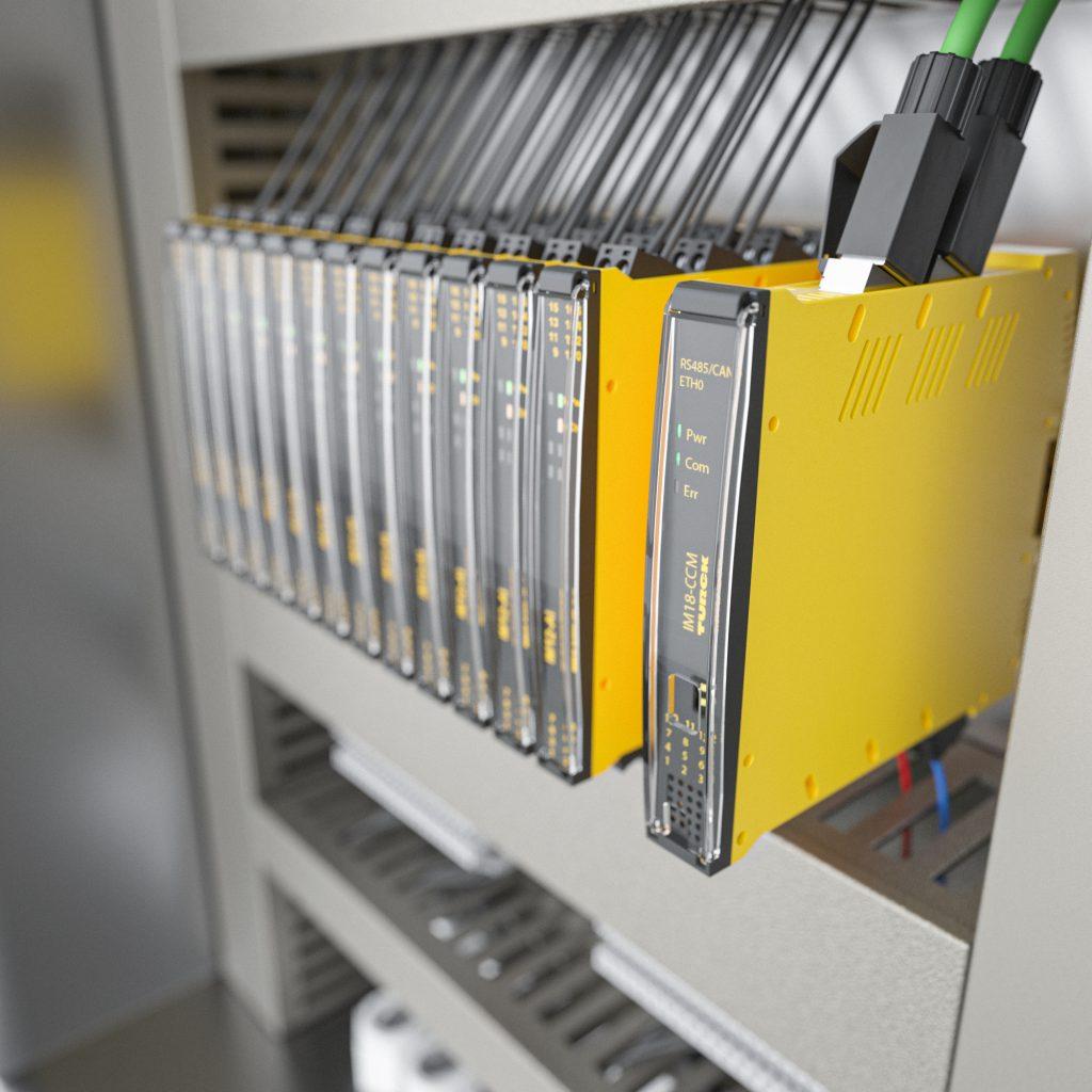 Bild 2 | Turcks Schaltschrankwächter IM18-CCM überträgt Messwerte via Ethernet in IT-Netzwerke, bei Bedarf sogar dezentral vorverarbeitet.
