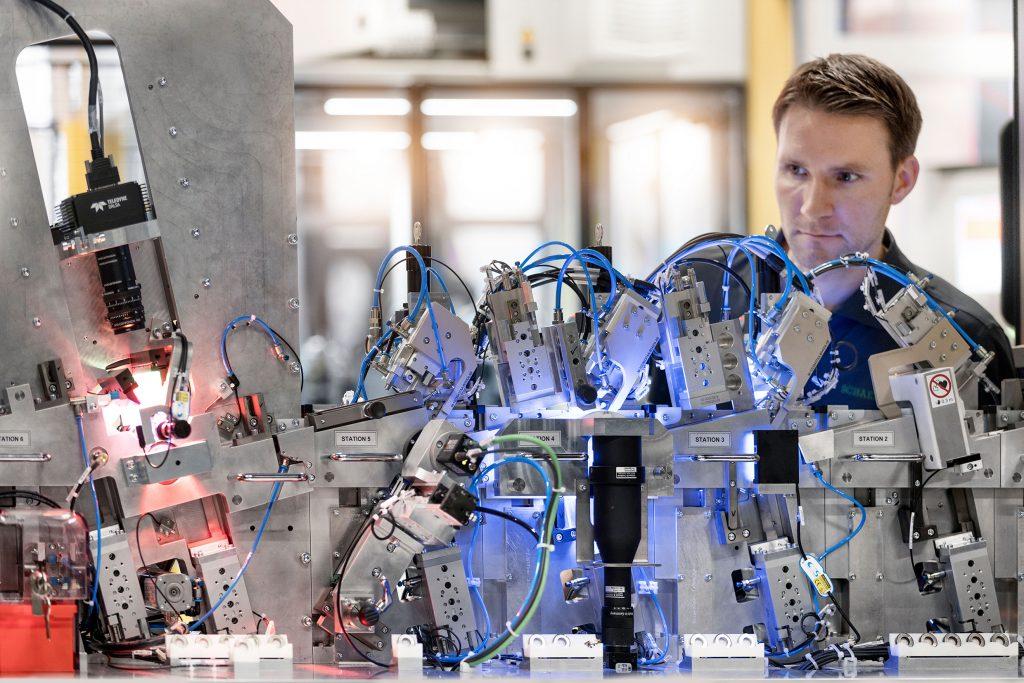 Rund 4.500 Projekte bearbeitet der Schaeffler Sondermaschinenbau jedes Jahr.