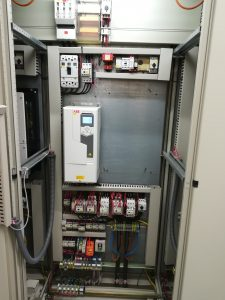 An mehreren Prozessstufen der Kläranlage in Bad Orb regeln insgesamt sieben ABB-Frequenzumrichter vom Typ ACS580 Pumpen- und Gebläsemotoren.