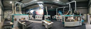 Im virtuellen Showroom zeigt MB Maschinenbau das gesamte Maschinenprogramm, von den Schleif-, über die Strukturier- bis hin zu den Fräslösungen.