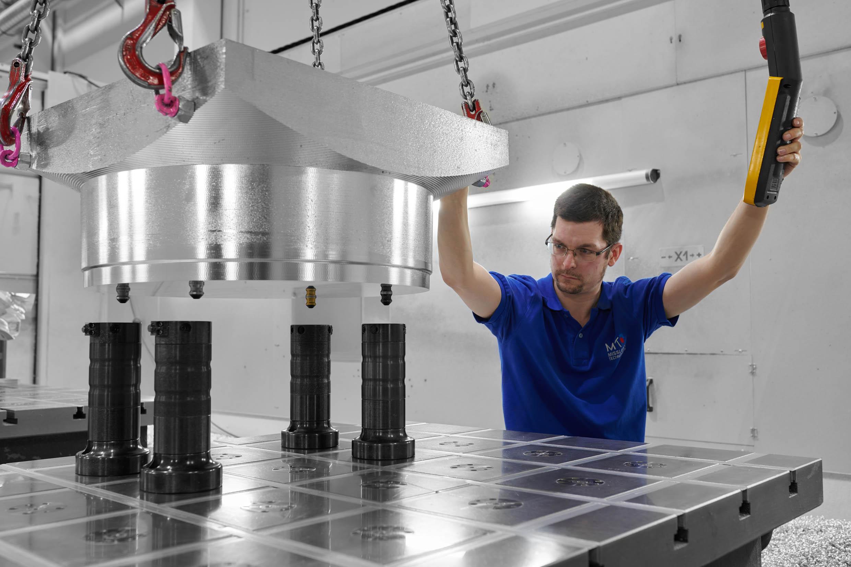 Modulare Nullpunktspanntechnik erleichtert Arbeit bei Modellbauer