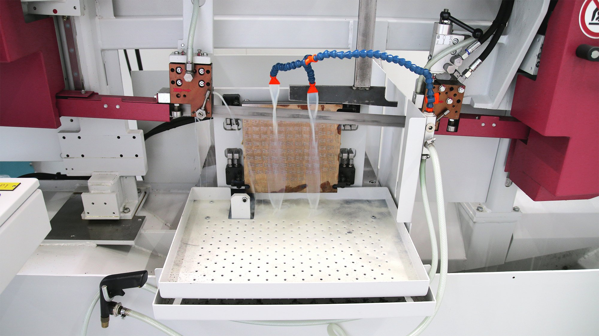 3D-Bauteile präzise sägen