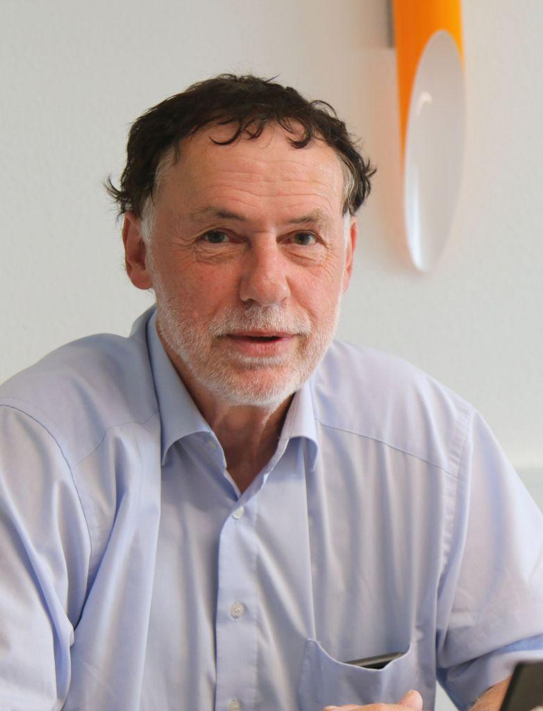 Mit dem Safety-Baukasten  machen wir funktionale Sicherheit  für KMU umsetzbar und bezahlbar Axel Helmerth, ISH-Geschäftsführer