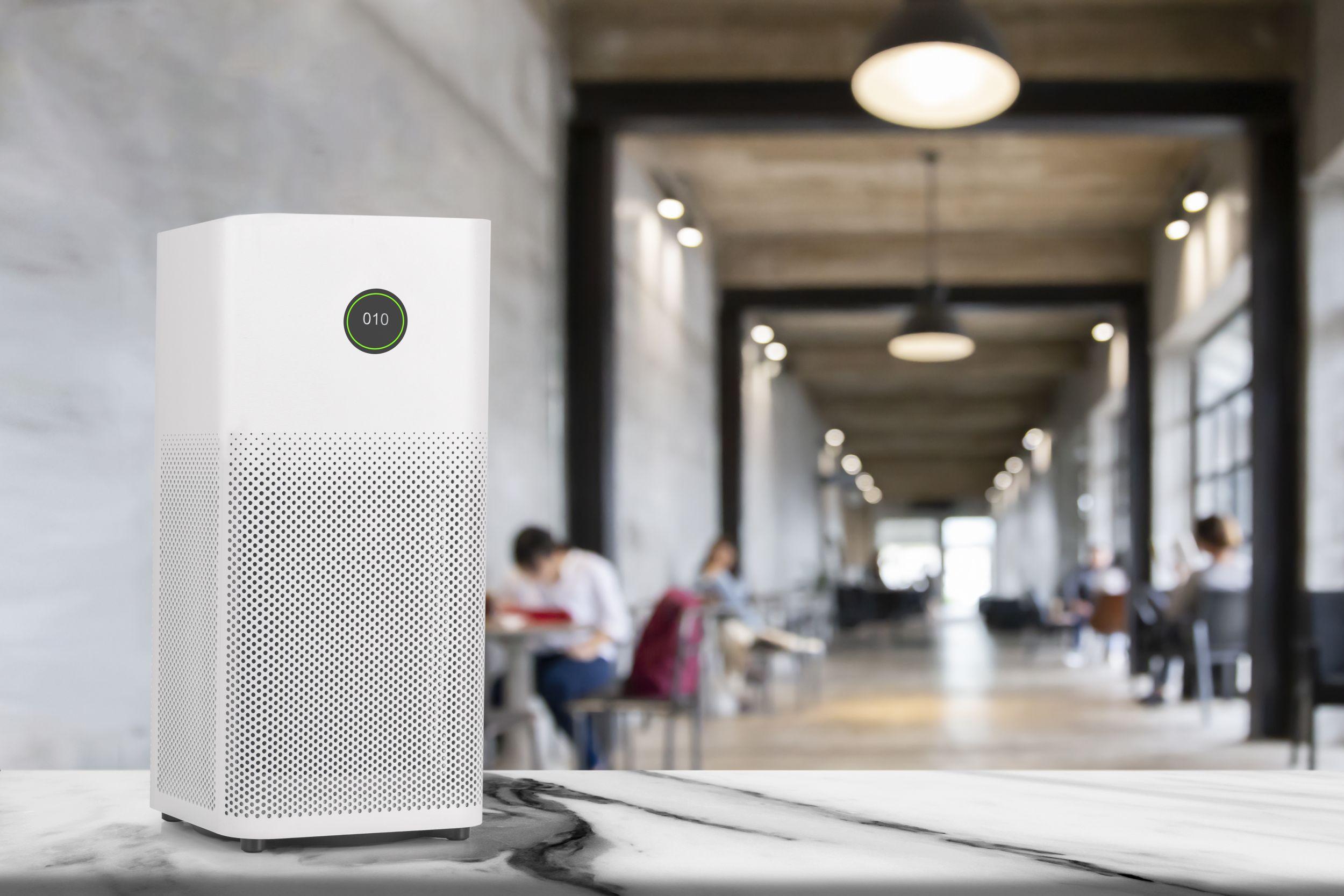 Mobile Luftreinigungsgeräteauf Wirksamkeit prüfen