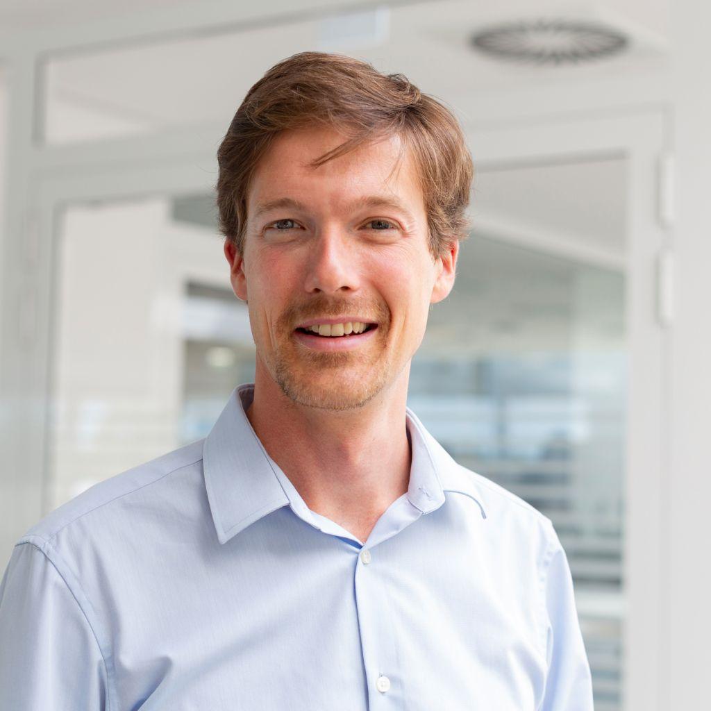 Dr. Maximilian Beinhofer: Der promovierte Informatiker treibt mit seinem Team das Thema prädiktive Instandhaltung voran.