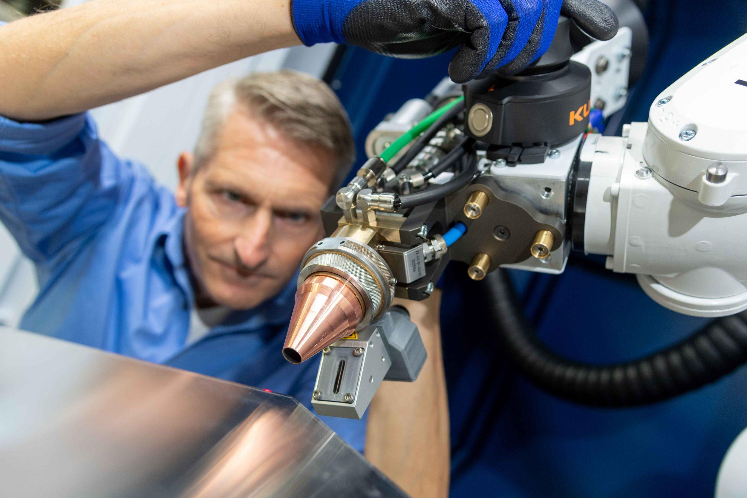 Automatisiertes Laserschweißen auch für kleinere Betriebe